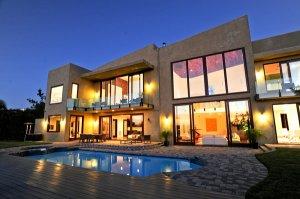 Hot Property | Oct. 14, 2012